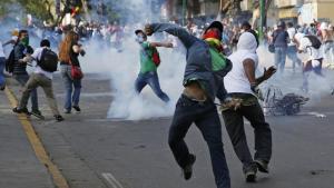 Manifestations à Caracas / Crédit photo : REUTERS Carlos Garcia Rawlins