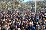 Selon les organisateurs, près de 15 000 personnes se sont rassemblées à Cannes, devant la mairie. (Crédit photo : Jérémy Satis)