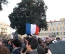 La place Garibaldi était pleine de symboles aujourd'hui à Nice. (Crédit photo : Skander Farza)