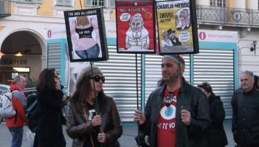 Caricatures et ''Une'' de Charlie à l'honneur. (Crédit photo : Skander Farza)