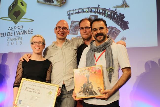 De gauche à droite : Anne-Cécile et Cédric Lefebvre les éditeurs, Christophe Raimbault l'auteur et Jordi Valbuena le dessinateur de Colt Express. Crédit photo : Lhadi Messaouden