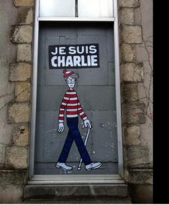 """Le slogan """"Je suis Charlie"""" accompagné du personnage le mieux caché de la planète, à Londres. Crédits : Flickr"""