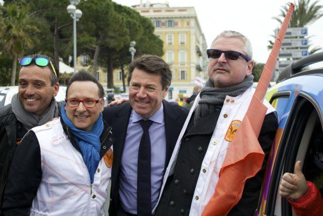 Le maire de Nice Christian Estrosi et JeanMarc Généreux, parrain de cette édition, étaient présents pour donner le top départ crédit photo : Delphine Toujas