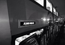 Le personnel des trains se permet un hommage au journal Charlie Hebdo après les attentats meurtriers du 7 janvier. Crédits : graffitiarchiv.org