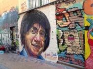 Cabu fait désormais partie intégrante de l'environnement marseillais grâce au graffeur Juis Crédits : Juis