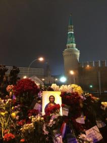 Une pensée au pratiquant orthodoxe que Boris Nemtsov était (crédit : @alekzzzzz)
