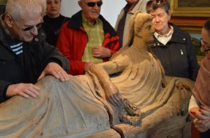 statue etrusque castre
