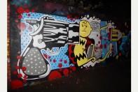 Une fresque murale représente la mort de Charlie Brown, qui a donné son nom à Charlie Hebdo. Un graffiti réalisé à Bristol, place forte de la culture urbaine en Europe. Crédits : The Bristol Post