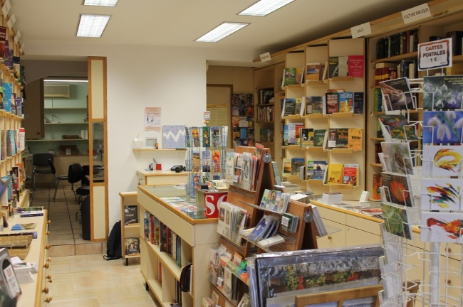 La librairie chrétienne du boulevard Carnot fonctionne grâce à ses bénévoles. Crédit photo: Emilie Unternehr