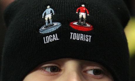 Pour les supporters de City, United n'est pas digne de représenter la ville de Manchester. Crédit Photo: theguardian