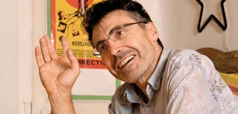 Pierre Carles est l'auteur de plusieurs films critiques à l'égard des médias. (Crédit photo: D.R.)