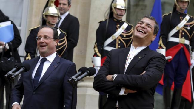Rafael Correa, président de l'Équateur, en France. Une visite complètement absente des grands médias. (Crédit photo: Reuters/Philippe Wojazer