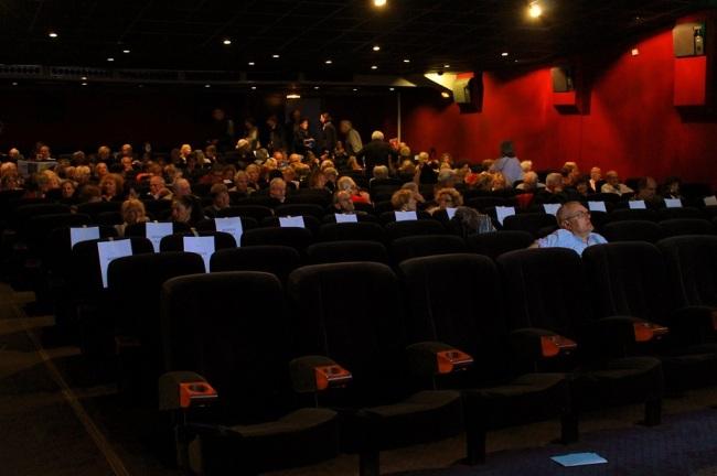 Une salle pleine pour la projection du film israélien Une bouteille à la mer. Crédit photo: Guillaume Soudat