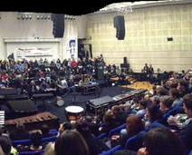 L'amphithéâtre est noir de monde à l'heure de l'assemblée générale. (Crédit photo : @arnaud_jamin sur Twitter)