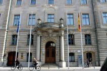 Le ministère de l'Agriculture. Sous l'égide nazie, le batiment est réquisitionné par Rudolf Hess pour édicter les loi du régime nazi. Après avoir été une résidence étudiante de lue, il devient le ministère fédéral de l'Agriculture en janvier 2000 (S.F)