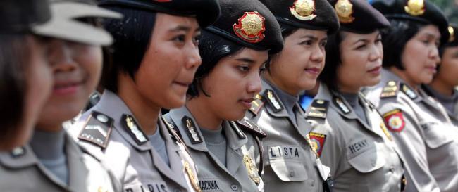 Aujourd'hui, les femmes représentent 3% de la police nationale indonésienne. (Crédit photo : Photo Adek Berry / AFP)