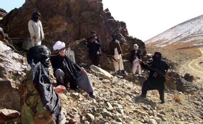 Des talibans le 23 janvier 2010 dans la province de Ghazni. Photo : AFP pour Libération.fr