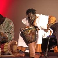 [VIDEO] Les contes d'Afrique de Momar à Mouans-Sartoux