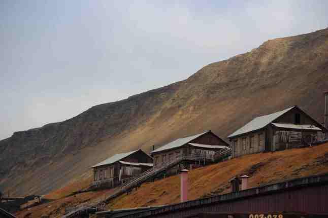 Barentsburg, petite ville de 500 habitants sous autorité russe sur l'île de Spitzberg.