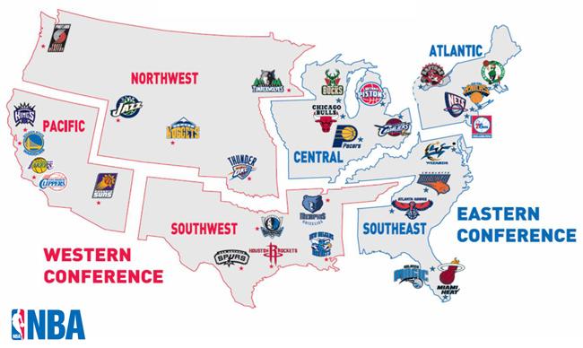Les divisions en rouge forment la conférence Ouest tandis que celles en bleu composent la conférence Est. (Crédit photo : NBA.com)