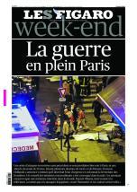 En Une samedi 14 novembre, le Figaro introduit la notion de « guerre » à Paris, et prend le parti, comme beaucoup de journaux, de publier une photo ou l'on distingue des corps. (Crédit : lefigaro.fr