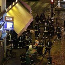 Les pompiers sont rassemblés pour aider les blessés sur place. (Crédit photo : Instagram/porteouverte)