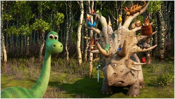 Le collecteur interprété par Eric Cantona est un Styracosaure délirant, toujours à la recherche de nouveaux compagnons. Un des meilleurs moments du film. (Crédit photo : Pixar)