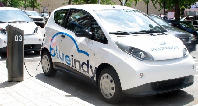 Le groupe Bolloré à exporté sa BlueCar à Indianapolis, aux Etats-Unis. (Crédit Photo : insideevs.com)