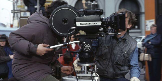 Le nombre de films français augmente mais les subventions diminuent. (Crédit photo : Superstock/Sipa)
