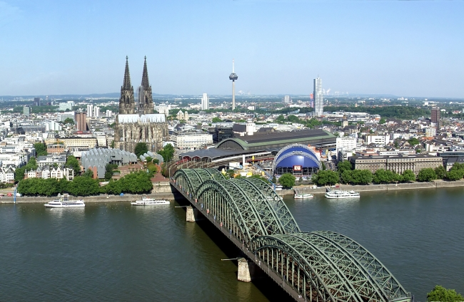 Panorama de la ville de Cologne, où ont eu lieu les agressions le soir du Nouvel An. (Crédit photo : Raimond Spekking)