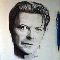 Une représentation plus que fidèle de David Bowie offerte par Christopher (Crédit: Twitter/@Chris_Straver).