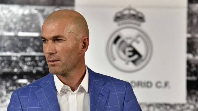 Zinédine Zidane est devenu coach du Real Madrid, club de foot le plus riche d'Europe (Crédit : AFP)