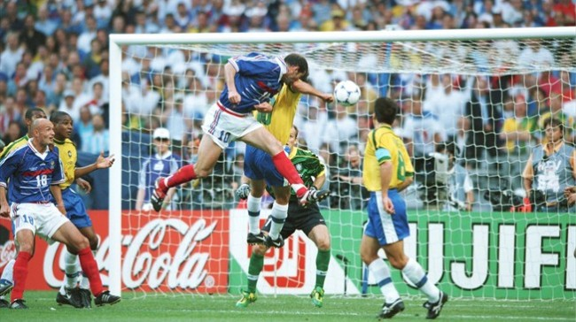 Zizou 98 Brésil Crédit footpack.fr