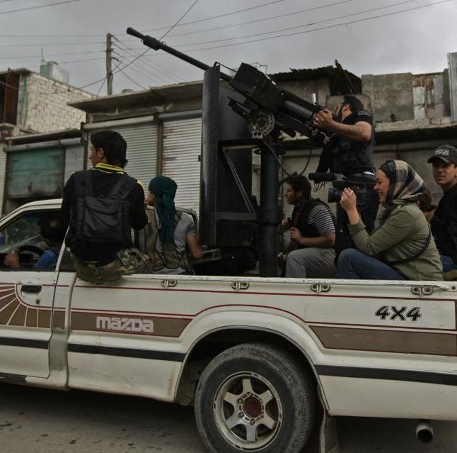 """Camille Courcy à Alep en 2013 lors du tournage de """"Alep – Syrie, vivre avec la guerre""""."""