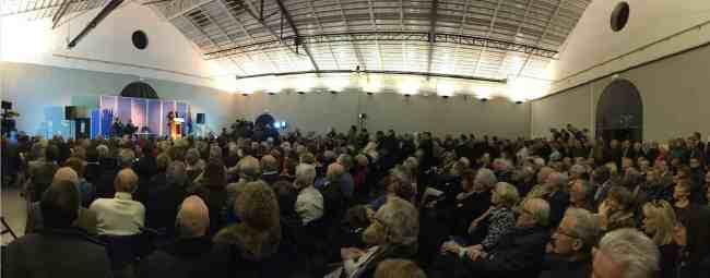 Alain Juppé à réuni environ 700 personnes au Fort Carré d'Antibes mercredi soir. (Crédit photo: Nicolas Lellouche)