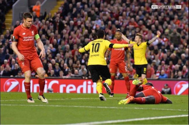 La joie d'Henrikh Mkhitaryan (Borussia Dortmund) après son ouverture du score. Les Allemands étaient alors qualifiés. (Crédit photo : Sky Sport News)