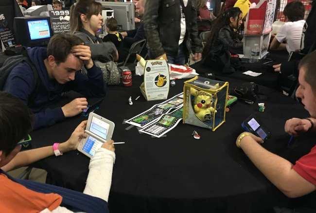 Un tournoi de combats Pokémon était organisé le dimanche. (Crédit photo : Nicolas Lellouche)