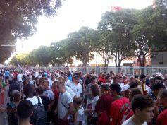 L'afflux est incessant pendant plusieurs heures en direction du stade Vélodrome