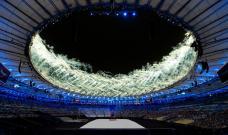 Le feu d'artifice a illuminé le stade Maracana à Rio-de-Janeiro à la fin de la cérémonie. (Crédit photo : AFP)