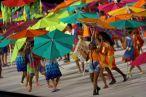 """Les danseuses au stade Maracana. La chorégraphie était organisée autour du thème """"Un corps a un cœur"""". (Crédit photo : Ueslei Marcelino/Reuters)"""