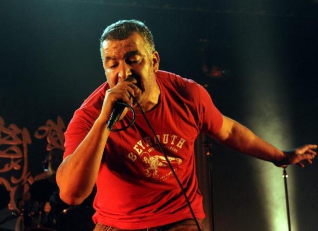 Magyd Cherfi passe de la plume au micro en un éclair, même 25 ans après la sortie du premier album de Zebda. (Crédit: D.R.)
