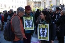 """Les soutiens de Cédric Herrou ne comprennent pas les raisons de ce procès. Pour eux, l'agriculteur est coupable de """"délit de solidarité"""". (crédit Maxime Bonnet)"""