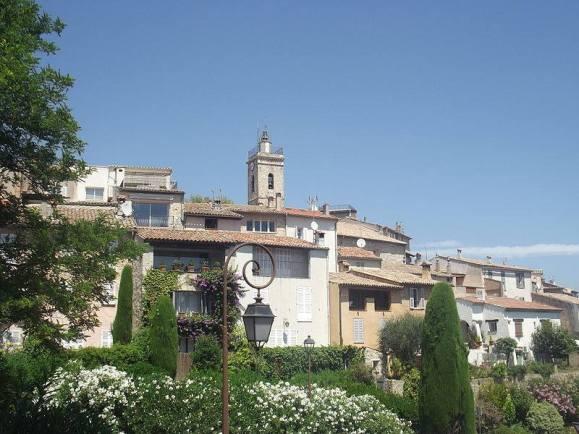 vieux village mougins