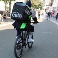 Coursier à vélo, les marathoniens de l'ombre